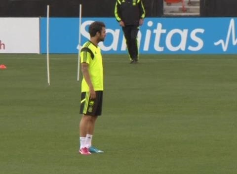 News video: Vicente Del Bosque's Men Hold a Training Session in Washington